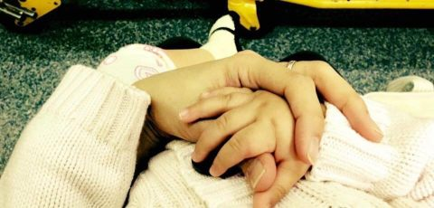 Blog-post-5-Mommychild-holding-hands